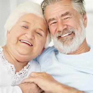 Implants pour les seniors